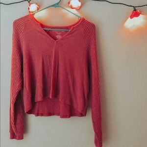 Slouchy, soft, and slightly cropped long sleeve!